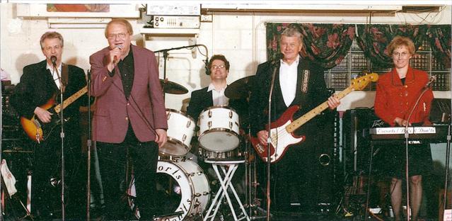 The Do's & Don'ts band - The Kalona News