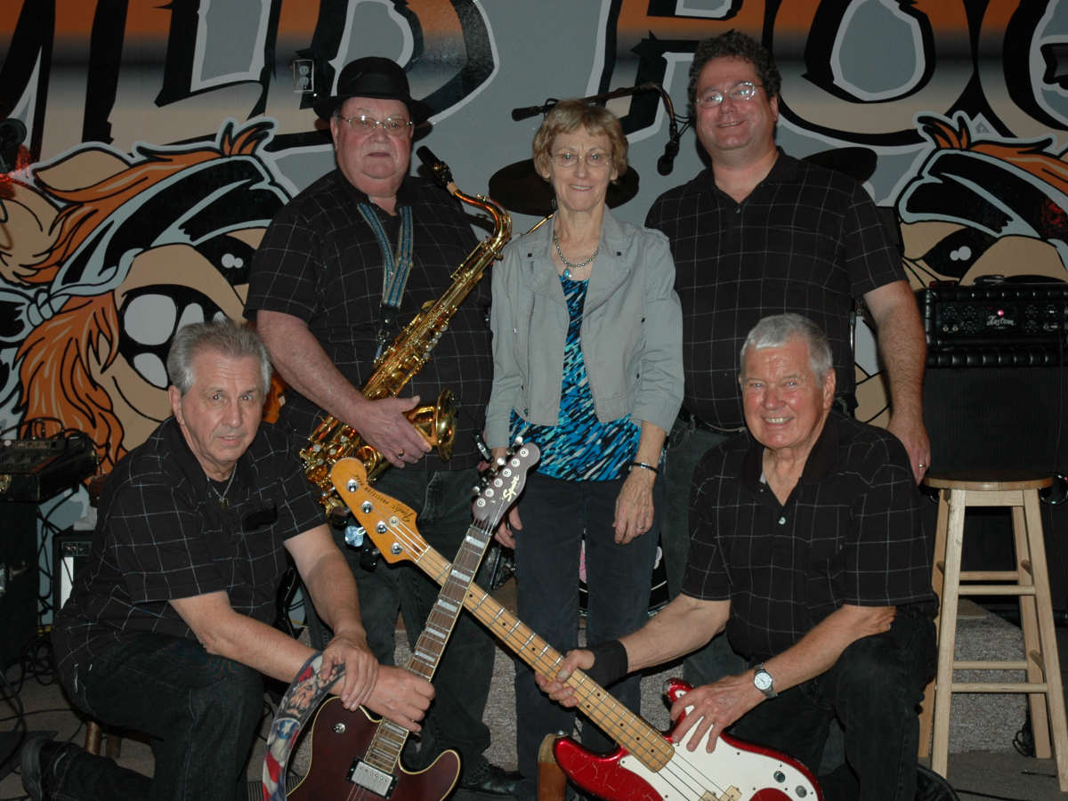 The Do's & Don'ts Band at Walford, Iowa 2012